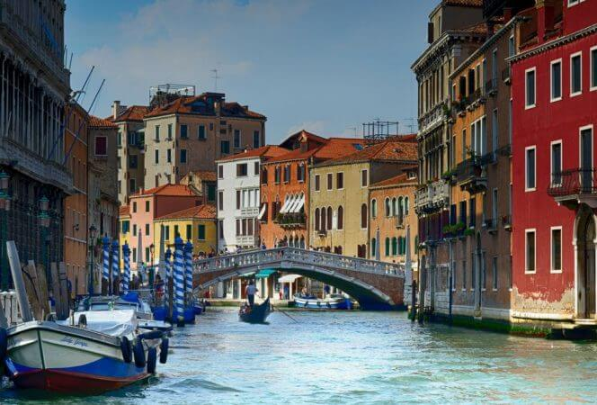 If you've ever considered visiting Venice with kids, don't wait! This beautiful city is perfect for all ages. - Kids Are A Trip