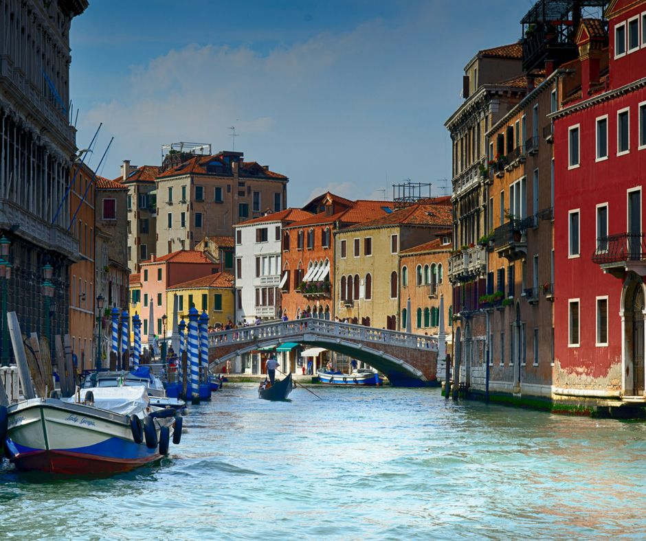 Rialto-Bridge-Venice-with-Kids-Kids-Are-A-Trip