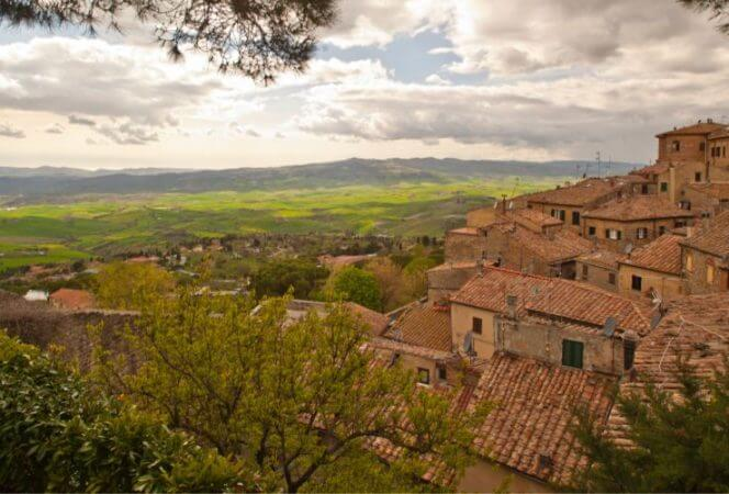 Exploring Tuscany with kids can be delightful. Here are our favorite spots outside Florence, Volterra, San Gimignano, and Chianti, and why we decided not to rent a car in Tuscany. - Kids Are A Trip