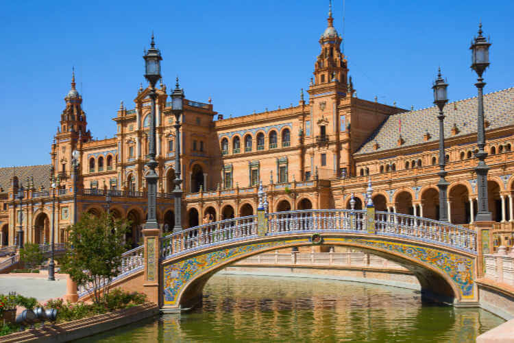 Plaza de Espana Sevilla Spain-Kids Are A Trip