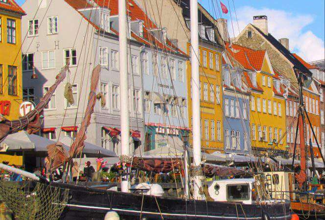 Copenhagen is the perfect spot for families, offering an amusement park, canal cruises, and delicious food. Come see our favorite spots for families in Copenhagen! - Kids Are A Trip
