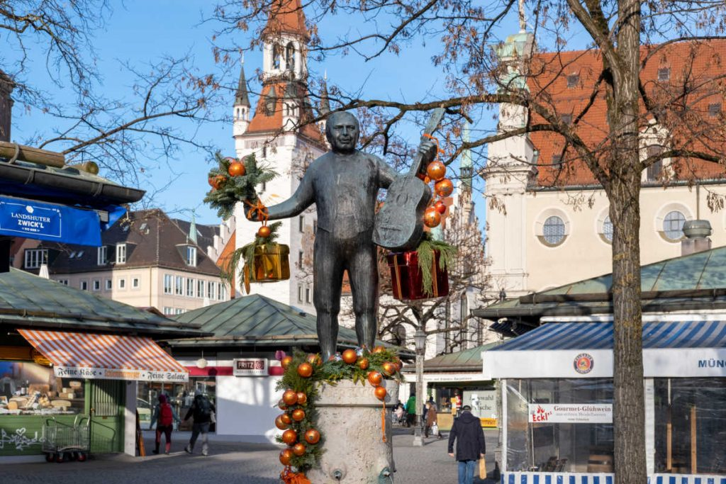Viktualienmarkt farmers market Munich-Kids Are A Trip