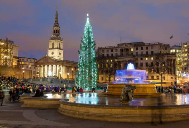 Trafalgar Square in London at Christmas-Kids Are a Trip