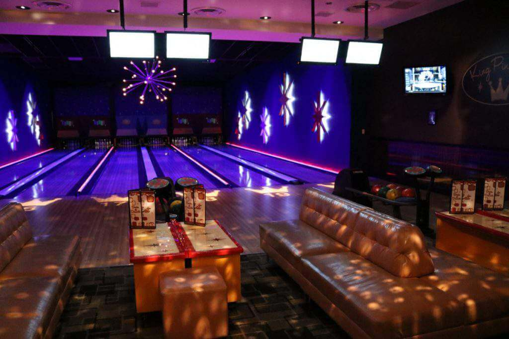 Family Fun Ideas in Rosemont Chicago Bowling at Kings-Kids Are A Trip