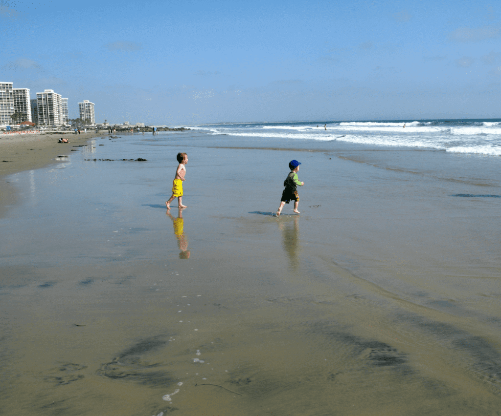 Best Family Beaches in San Diego Coronado-Kids Are A Trip
