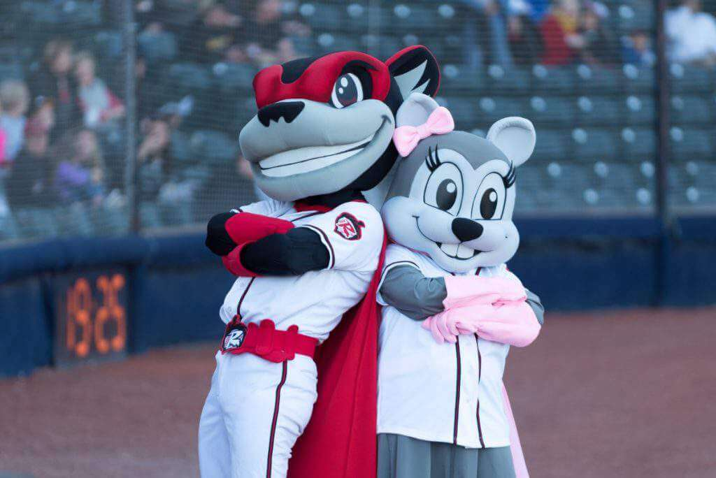 family friendly things to do in richmond virginia-flying-squirrels-kids-are-a-trip