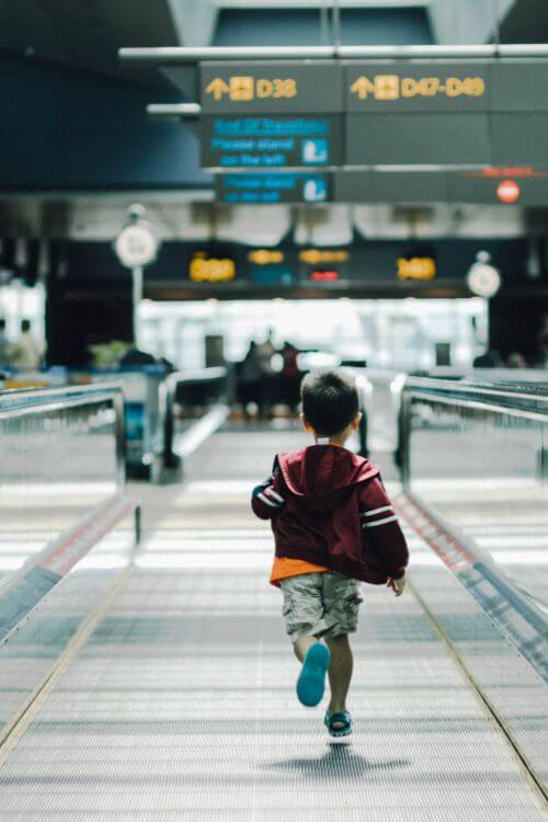 Tips-Airport-Travel-with-Kids-Kids-Are-A-Trip