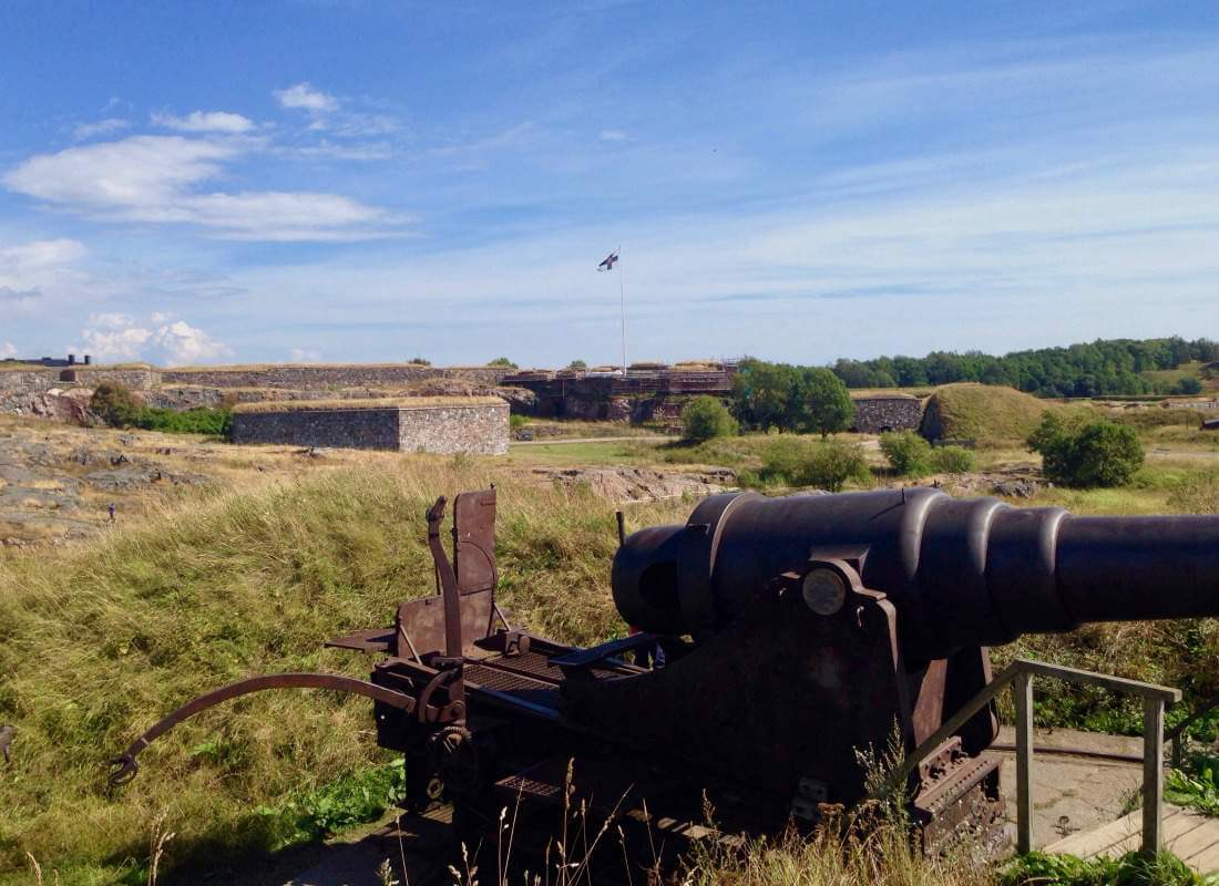 Best Travel Tips Scandinavia Baltics Explore Suomenlinna Fortress-Kids Are A Trip