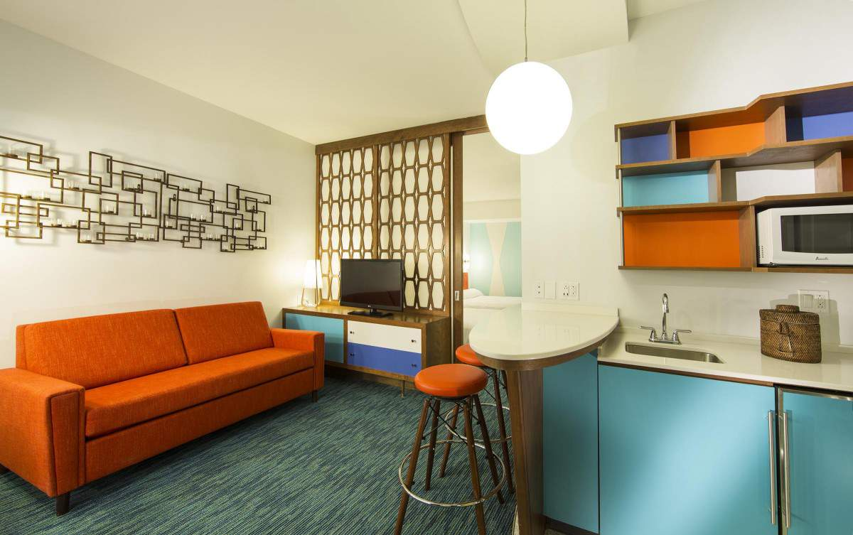Cabana Bay Beach Resort Family Suite-Kids Are A Trip