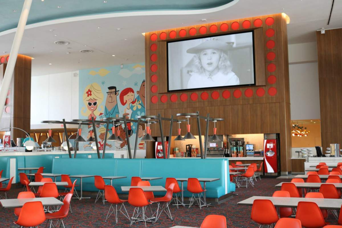 Cabana Bay Beach Resort Bayliner Diner offers dining options for everyone in the family.