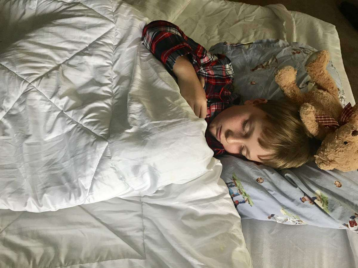 Sleeping on Intex Airbed-Kids Are A Trip