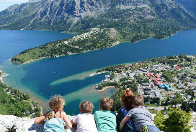 If you are looking for an unforgettable vacation, head to the Canada National Parks. From the western provinces to those on the east, the Canadian National Parks will blow your mind. - Kids Are A Trip