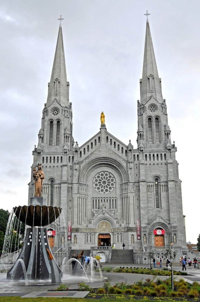 Family Friendly Things to Do in Quebec City Sainte Anne Cathedral-Kids Are A Trip