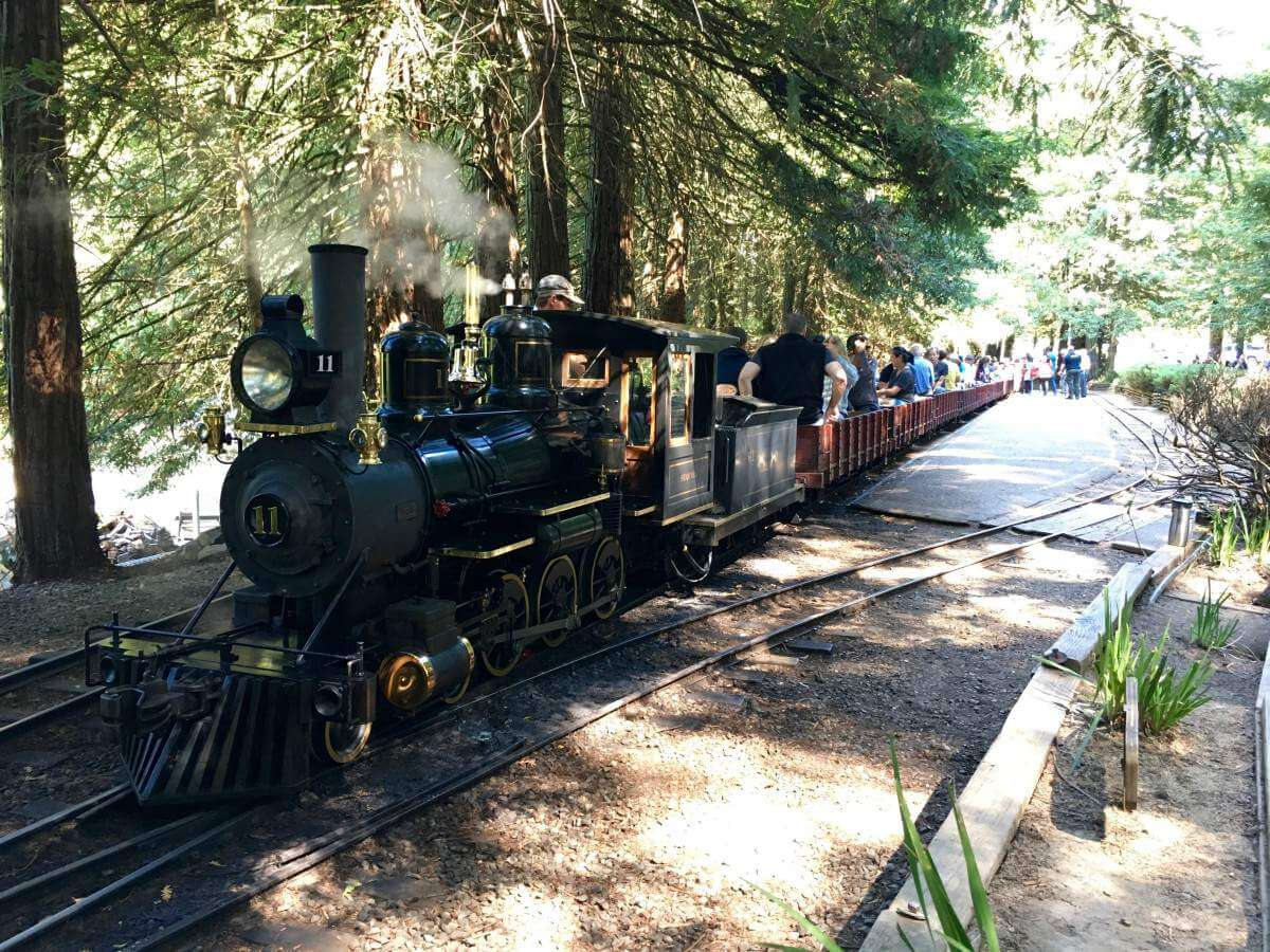 Family Friendly Things to Do in Oakland, California with Kids - Tilden Park Steam Trains
