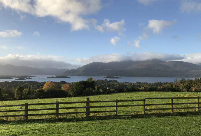 With a central location, moderate weather, and a beautiful landscape, Ireland is perfect for family travel. We're sharing our best reasons to travel with kids to Ireland. -Kids Are A Trip