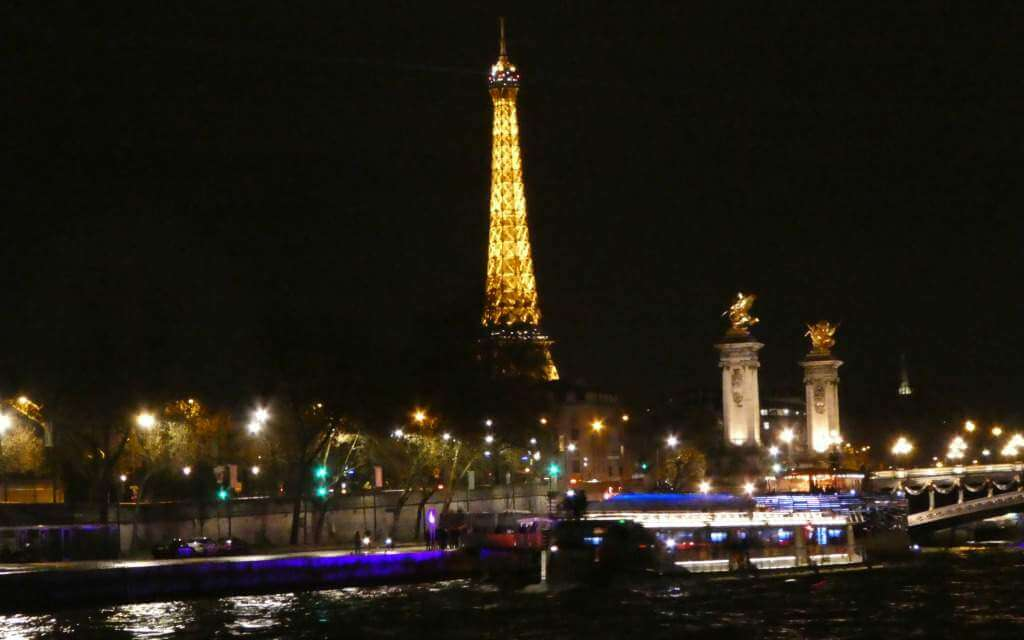 Seine River Cruise Paris with Kids-Kids Are A Trip