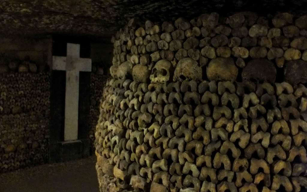 Things to do with Kids in Paris Catacombs-Kids Are A Trip