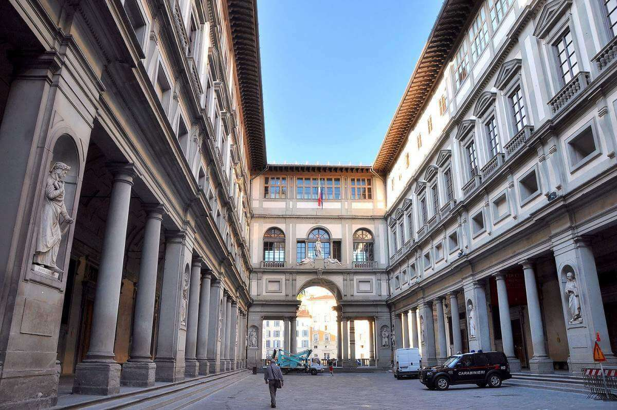 Visiting Florence with Kids Uffizi Gallery-Kids Are A Trip