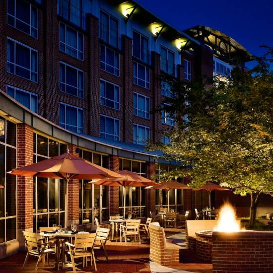 Why The Chattanoogan Hotel in Chattanooga, Tennessee is Perfect for Families