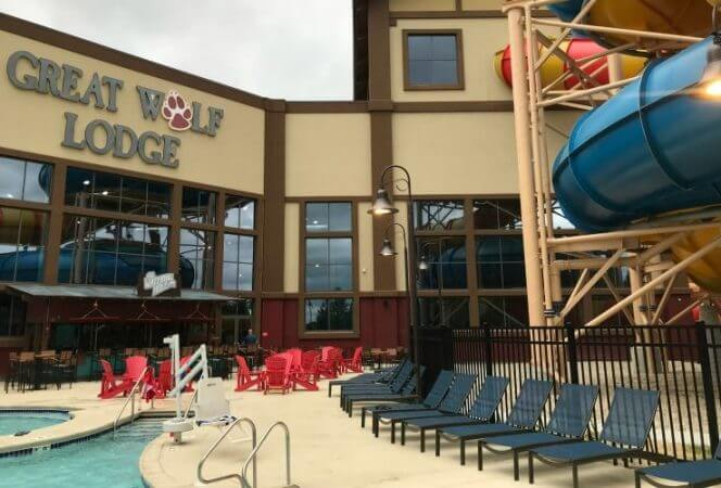 Great Wolf Lodge Chicago has renovated a former indoor water park and made it spectacular! Come see how this indoor entertainment center is perfect for families! - Kids Are A Trip