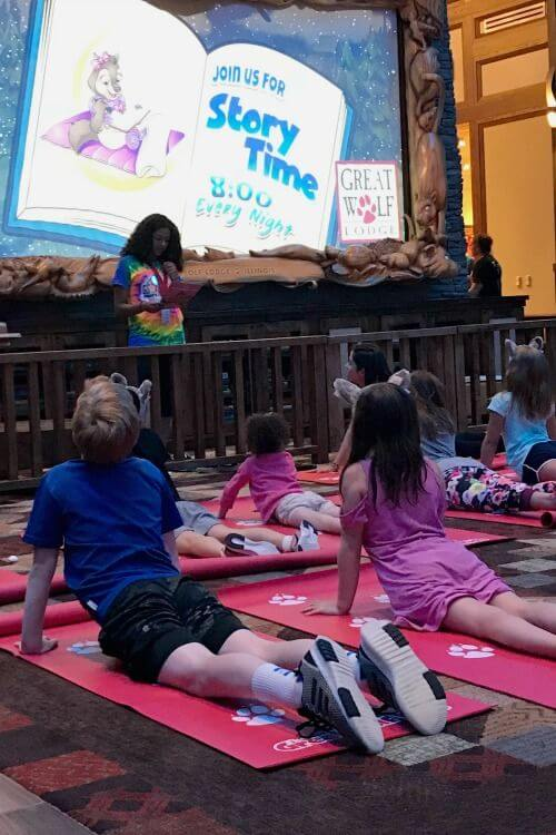 Great-Wolf-Lodge-Chicago-Story-Time-Activities-Kids-Are-A-Trip