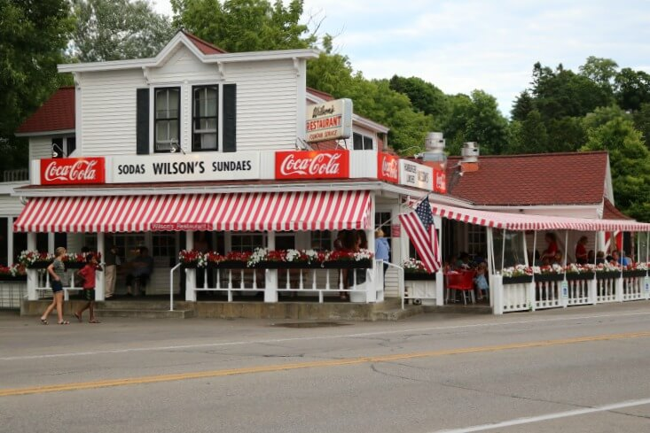 Wilson's-Ice-Cream-Parlor-Where-to-Eat-in-Door-County-Kids-Are-A-Trip