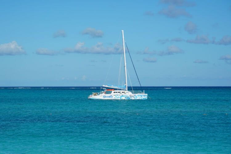 Sailing-at-Beaches-Turks-and-Caicos-Kids-Are-A-Trip