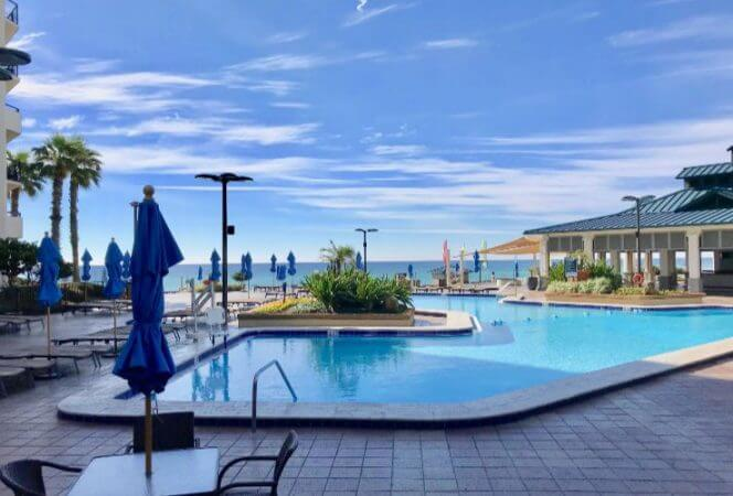 Hilton Sandestin, the largest beachfront hotel in Northwest Florida, is a luxury beach destination for families at a budget-friendly price. Here's what we love about this Florida beach hotel for families. - Kids Are A Trip
