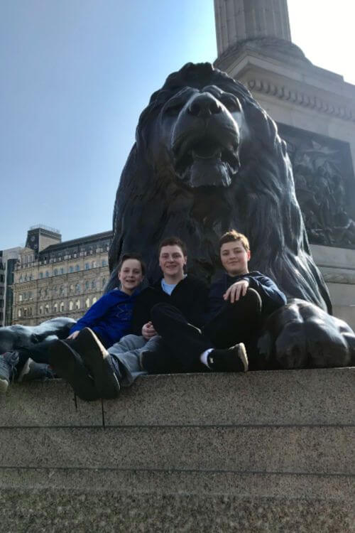 Trafalgar-Square-with-Teens-London-Kids-Are-A-Trip