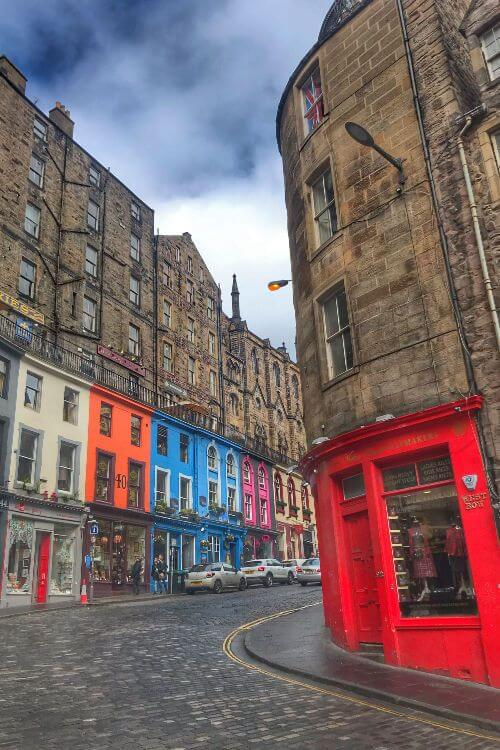 Victoria-Street-Edinburgh-Kids-Are-A-Trip