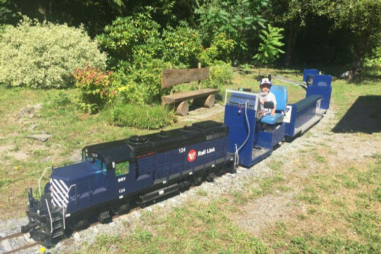 Riding-the-mini-train-in-Squamish-BC-Kids-Are-A-Trip