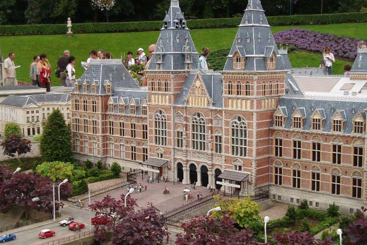 Madurodam-Amusement-Park-The-Hague-Kids-Are-A-Trip