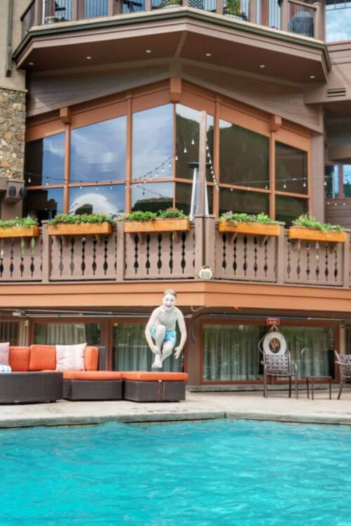 Manor-Vail-Lodge-Pool-Summer-in-Vail-Kids-Are-A-Trip