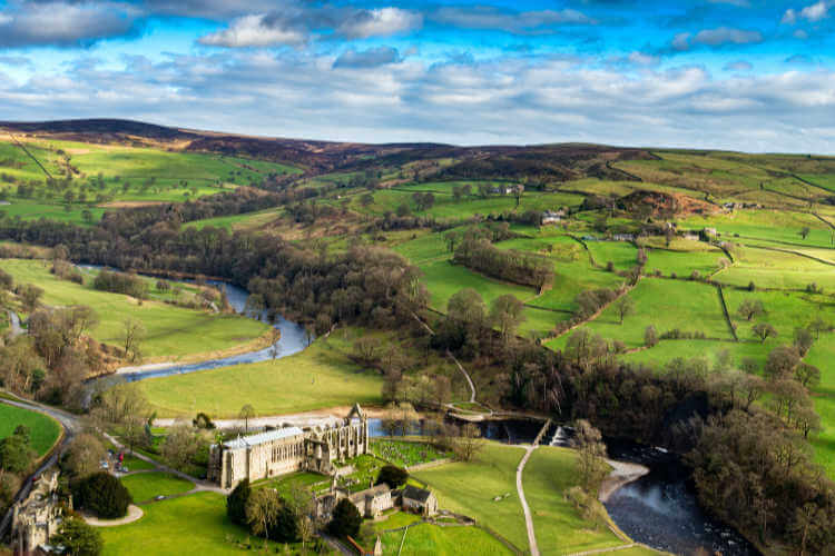 Bolton Abbey - Yorkshire Dales - Lizzie Murphy