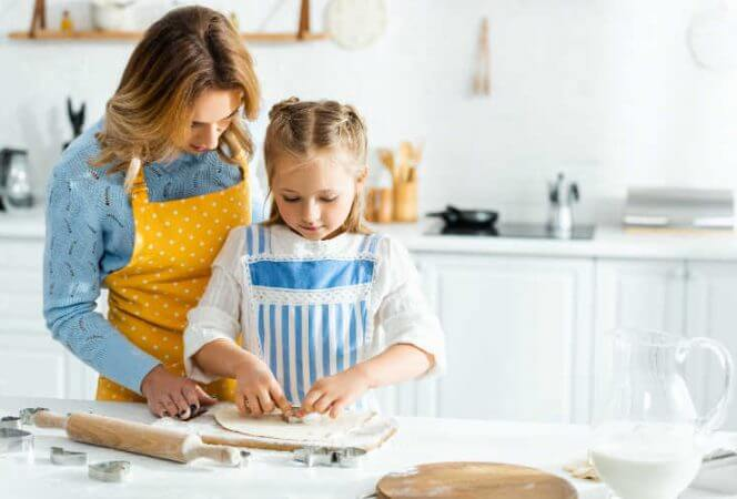 cooking with kids-Kids Are A Trip