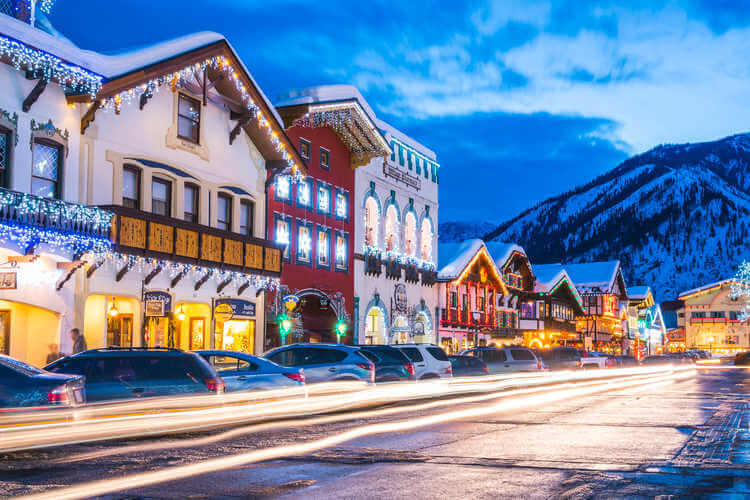 Leavenworth Christmas town-Kids Are A Trip