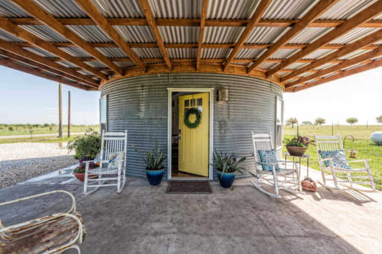 Stay in a silo Texas