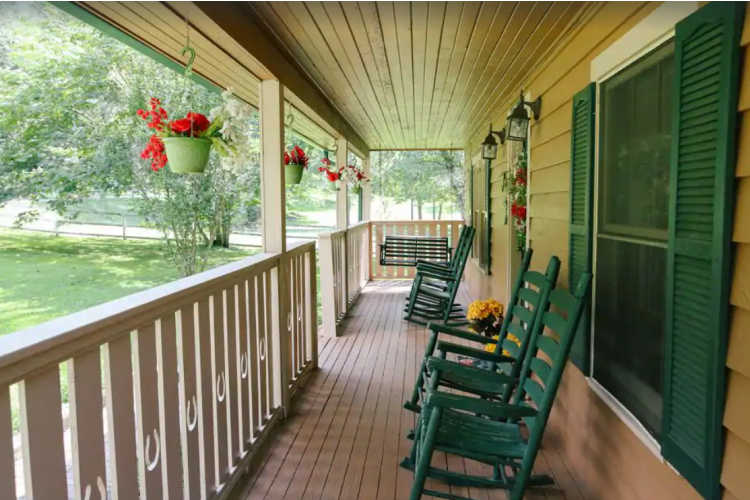 farm porch Pigeon Forge Tennessee